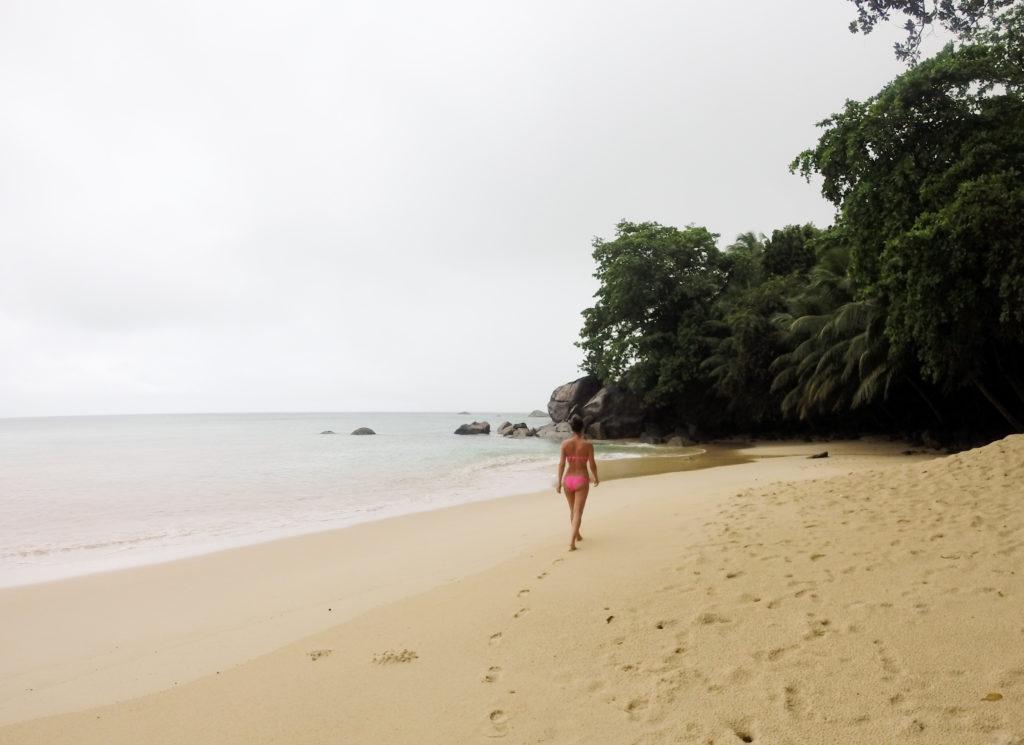 Sunset Beach på en regnværsdag